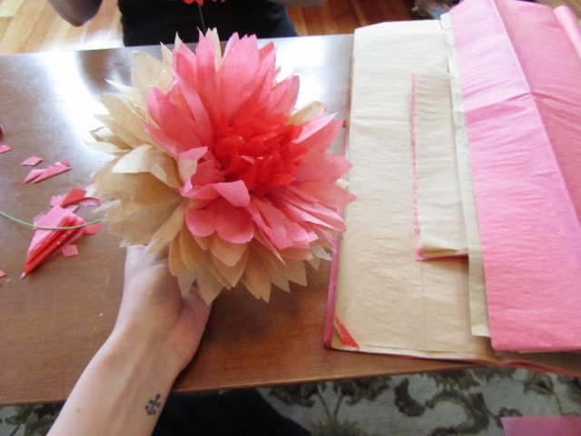 Diy flowers super easy extra pretty paper peonies the hairpin mightylinksfo