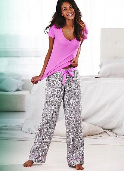 Girls in pajamas boobs pic 715