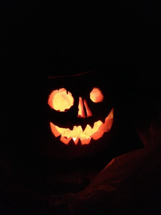 Carving a Jack O'Lantern Without Making Any Mess at All