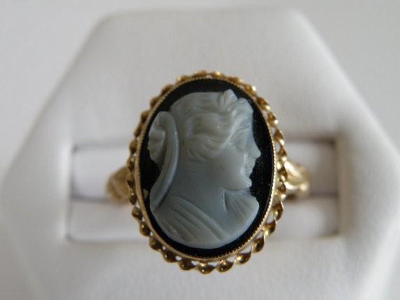 Jade Wedding Ring 11 Elegant Gold Sardonyx Cameo Ring